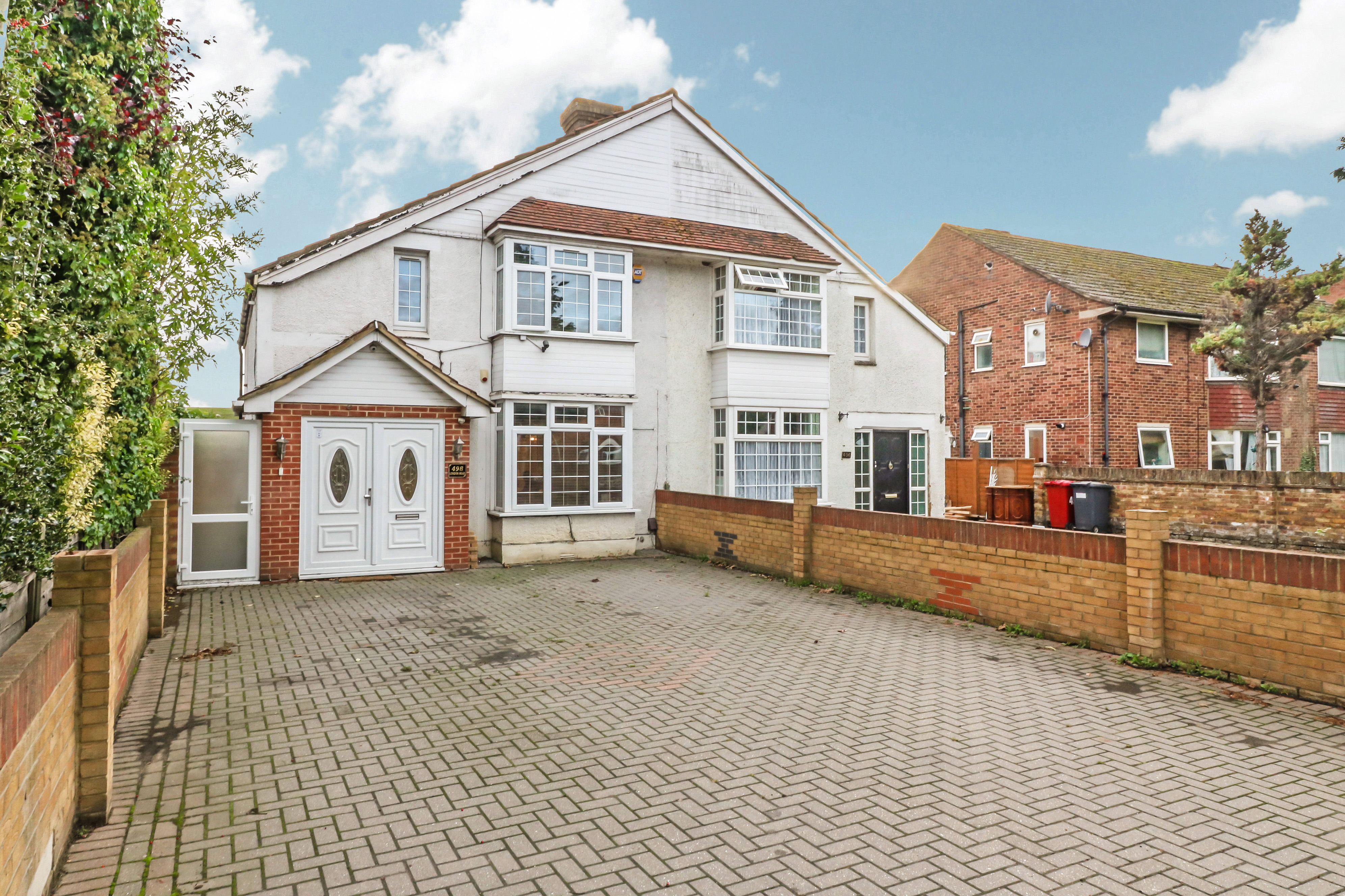 4 Bedroom House For Sale In Slough
