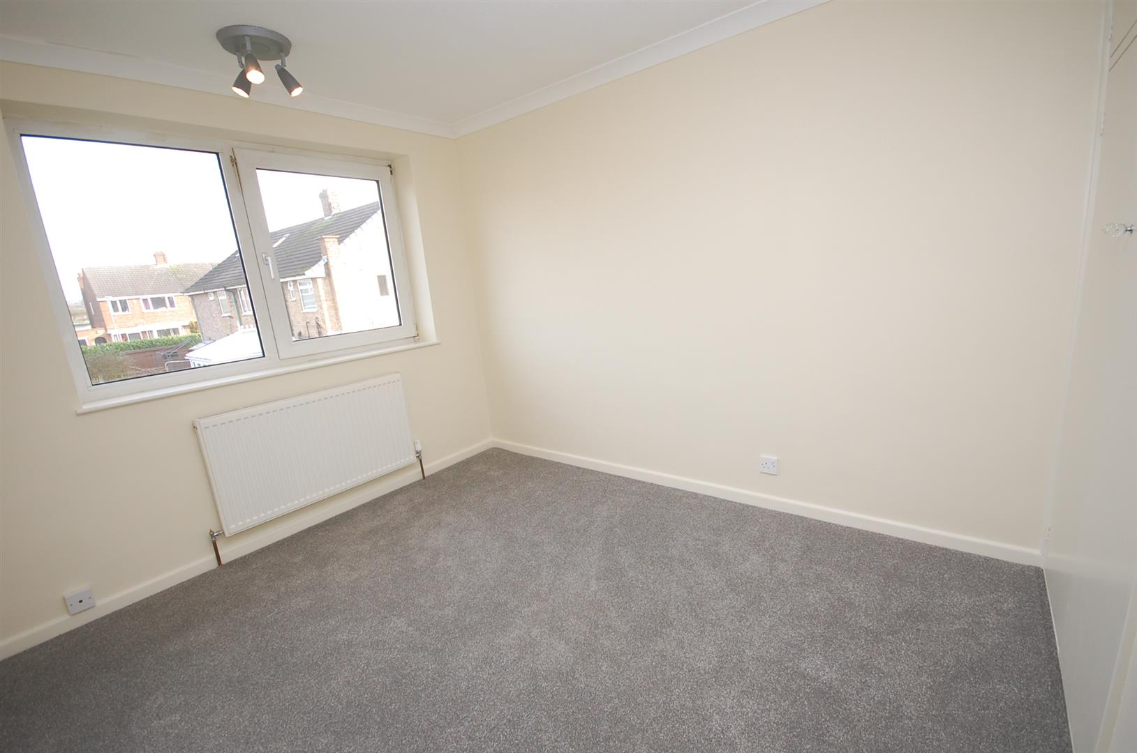 3 bedroom Semi-Detached House for sale in Nottingham