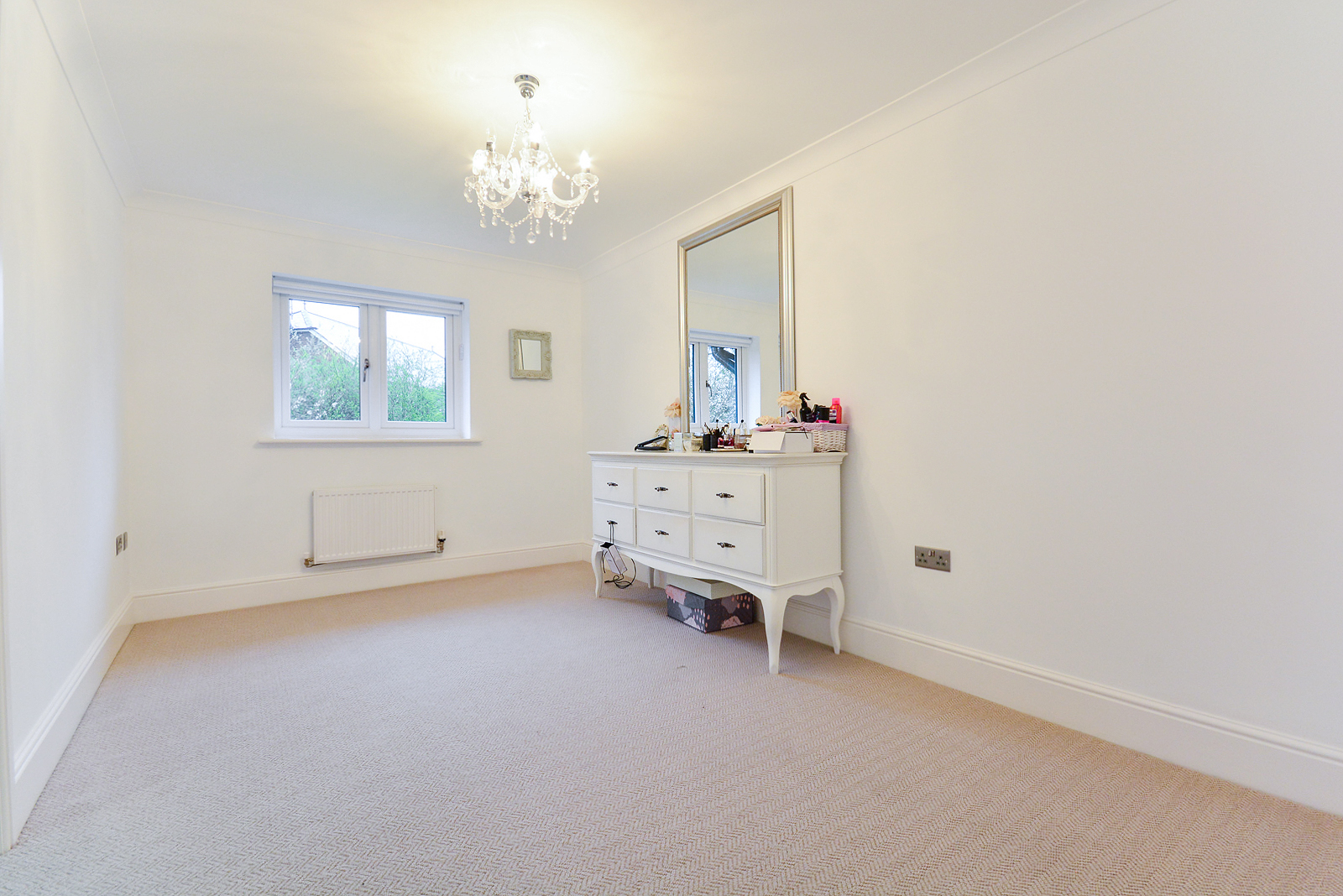 5 Bedroom House For Sale In Warrington