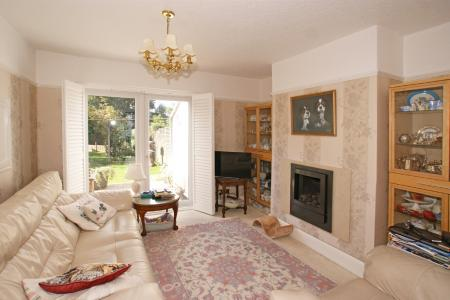 Yew Tree Drive, Chesterfield, S40 3NB