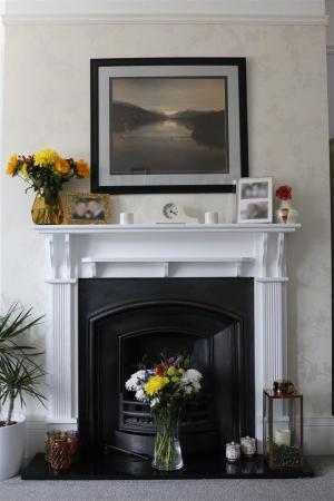 05_Fireplace.JPG