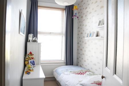 16_Bedroom4.jpg