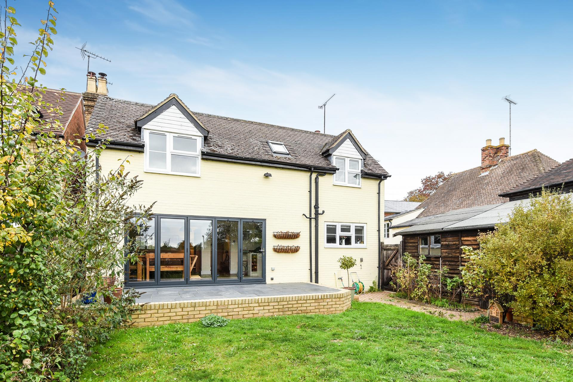 3 Bedroom House For Sale In Clophill