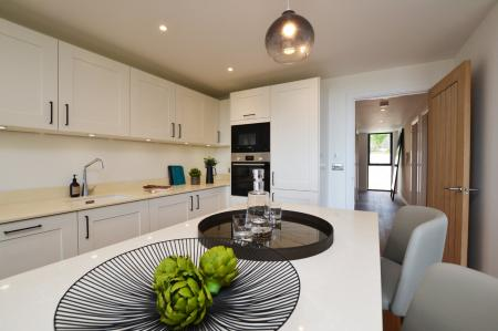 Apartment 8, Seabrook Heights, Hythe
