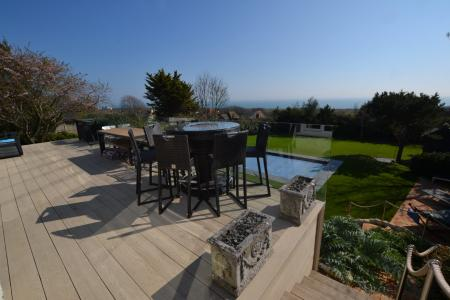 Cliff Road, Hythe, CT21