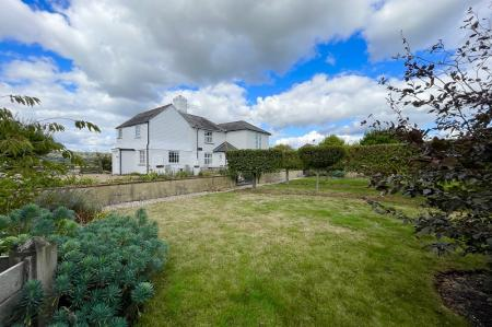 Lower Wall Road, West Hythe CT21