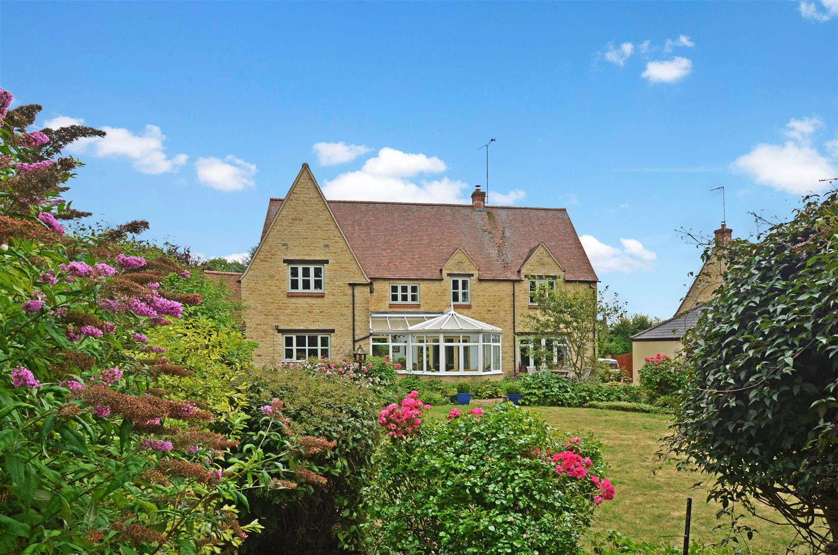 5 Bedroom Detached House For Sale In Somerton