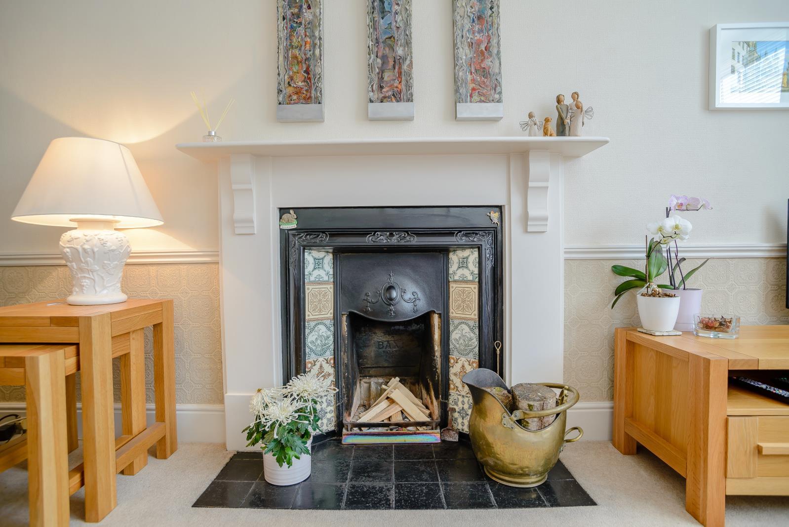 3 Bedroom Detached House For Sale In Bedford
