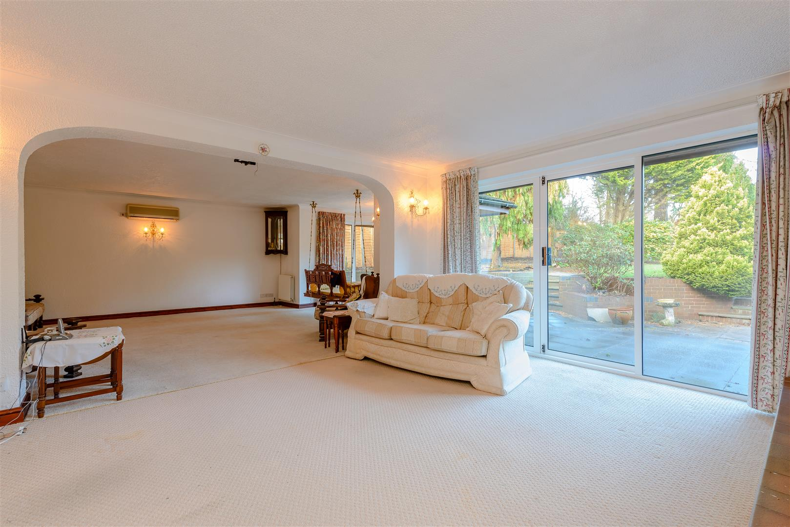 6 bedroom House for sale in Solihull