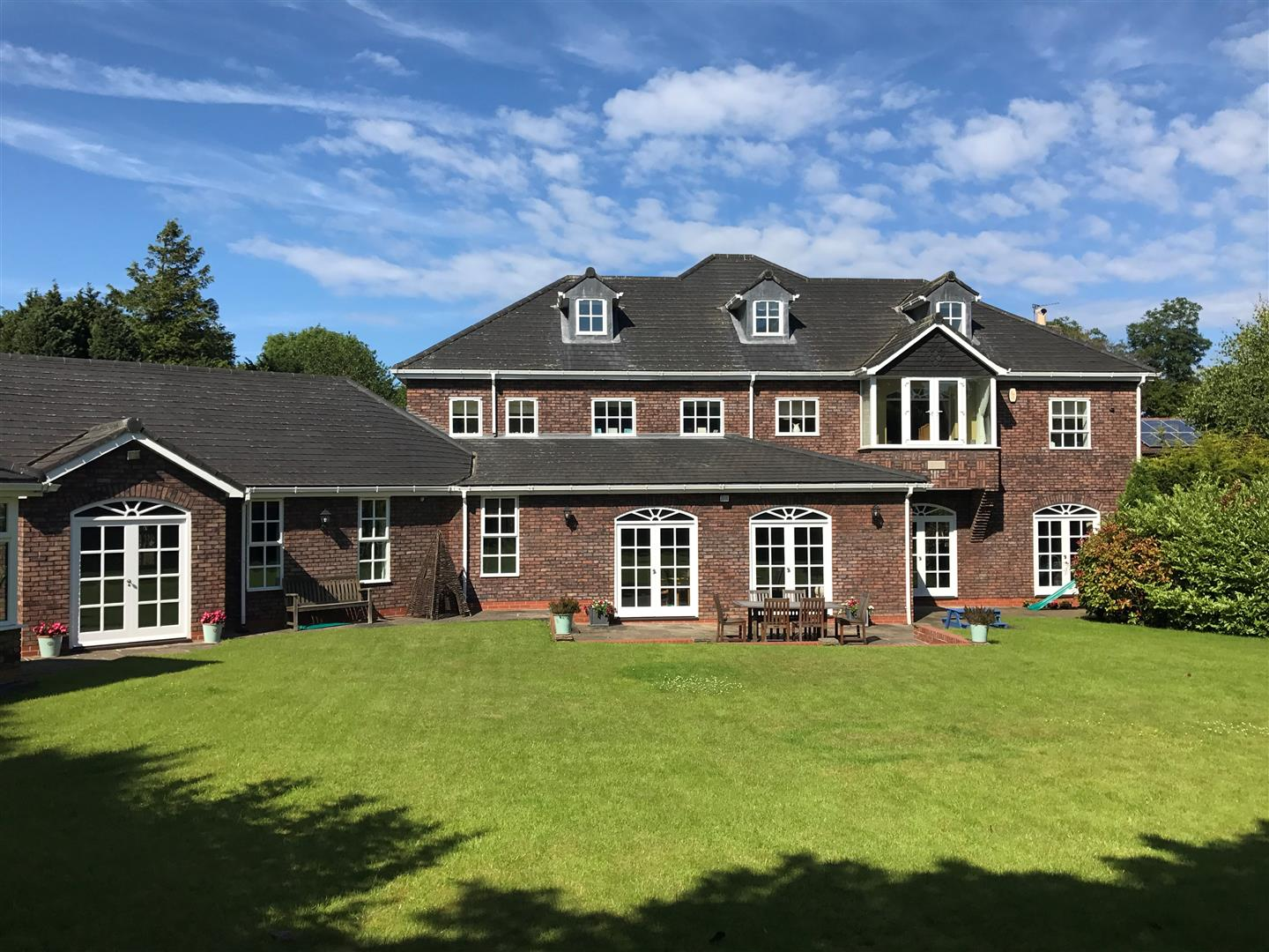 6 Bedroom House For Sale In Hartlepool