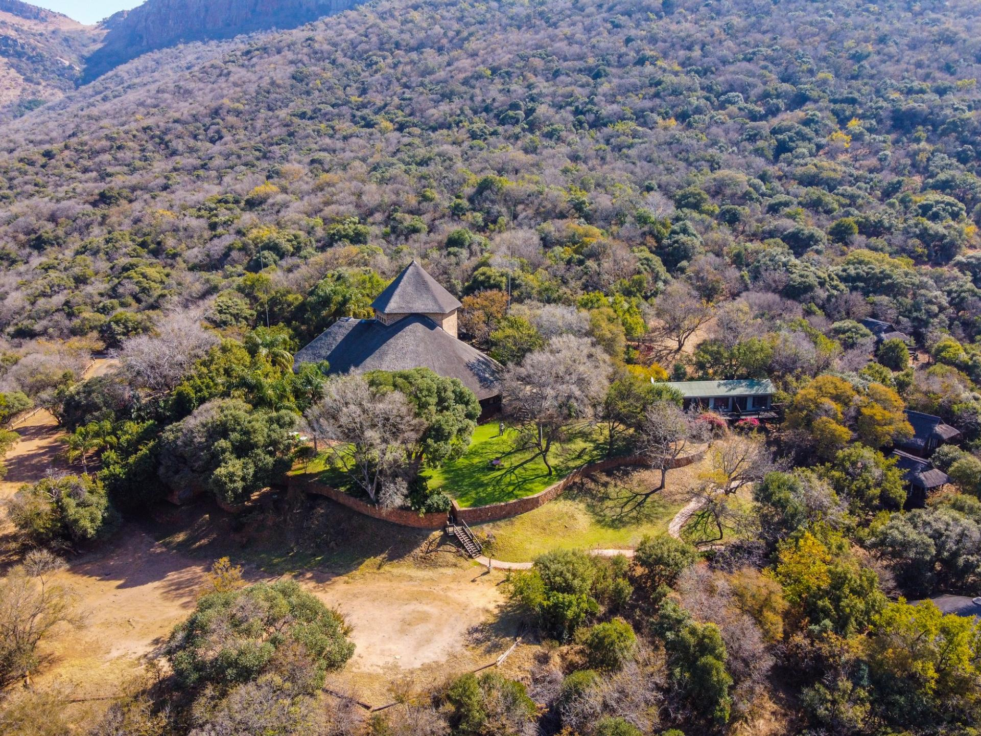 17 bedroom Farm for sale in Magaliesburg