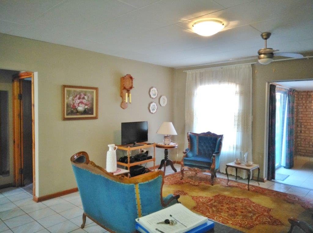 2 Bedroom House For Sale In White River