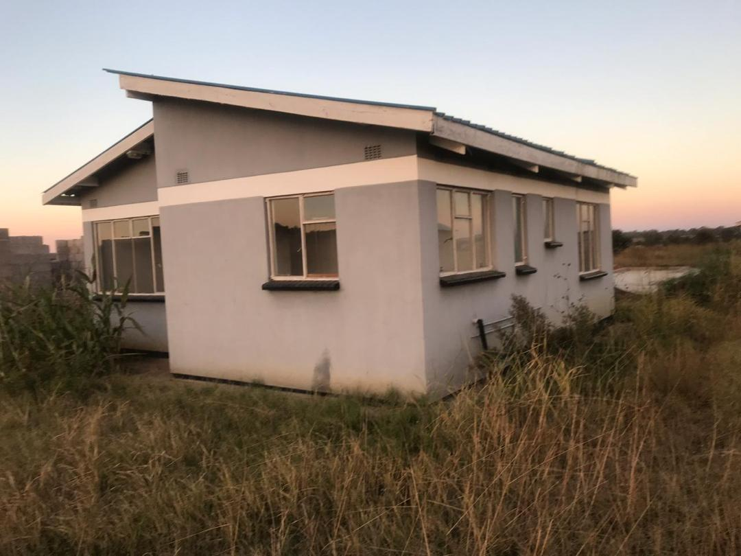 2 bedroom House for sale in Gweru on house plans in harare, dating in harare, hotels in harare, homes in harare,