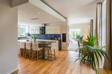 Open Plan Kitchen/Br