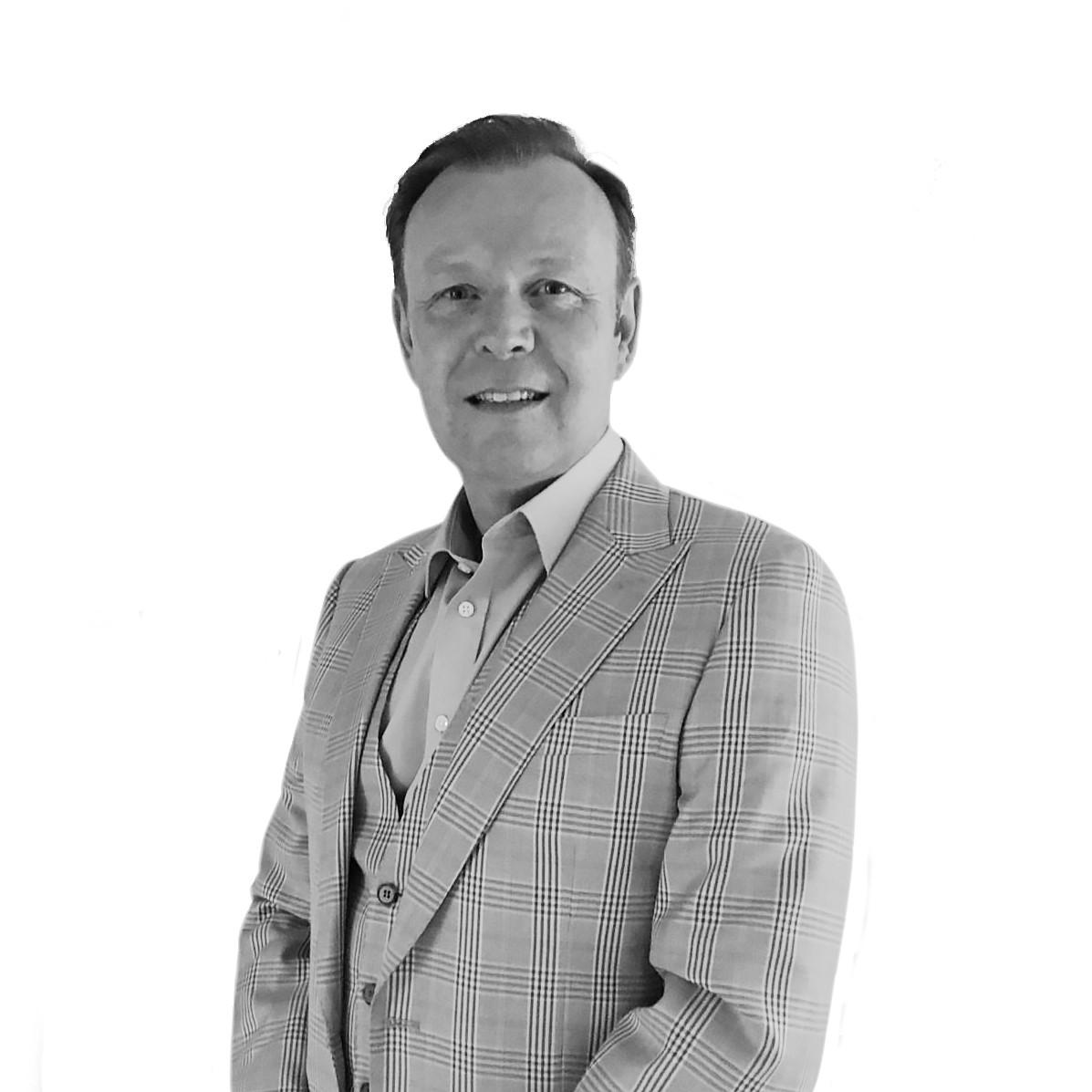 Chris Mobbs, FNAEA CPEA