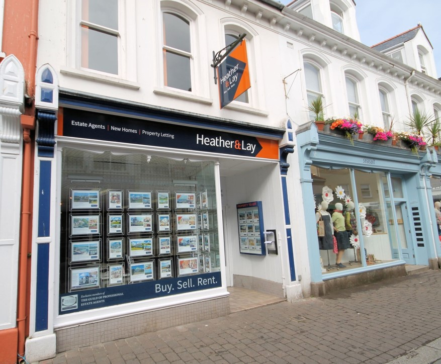 picture_office_front_falmouth_hd