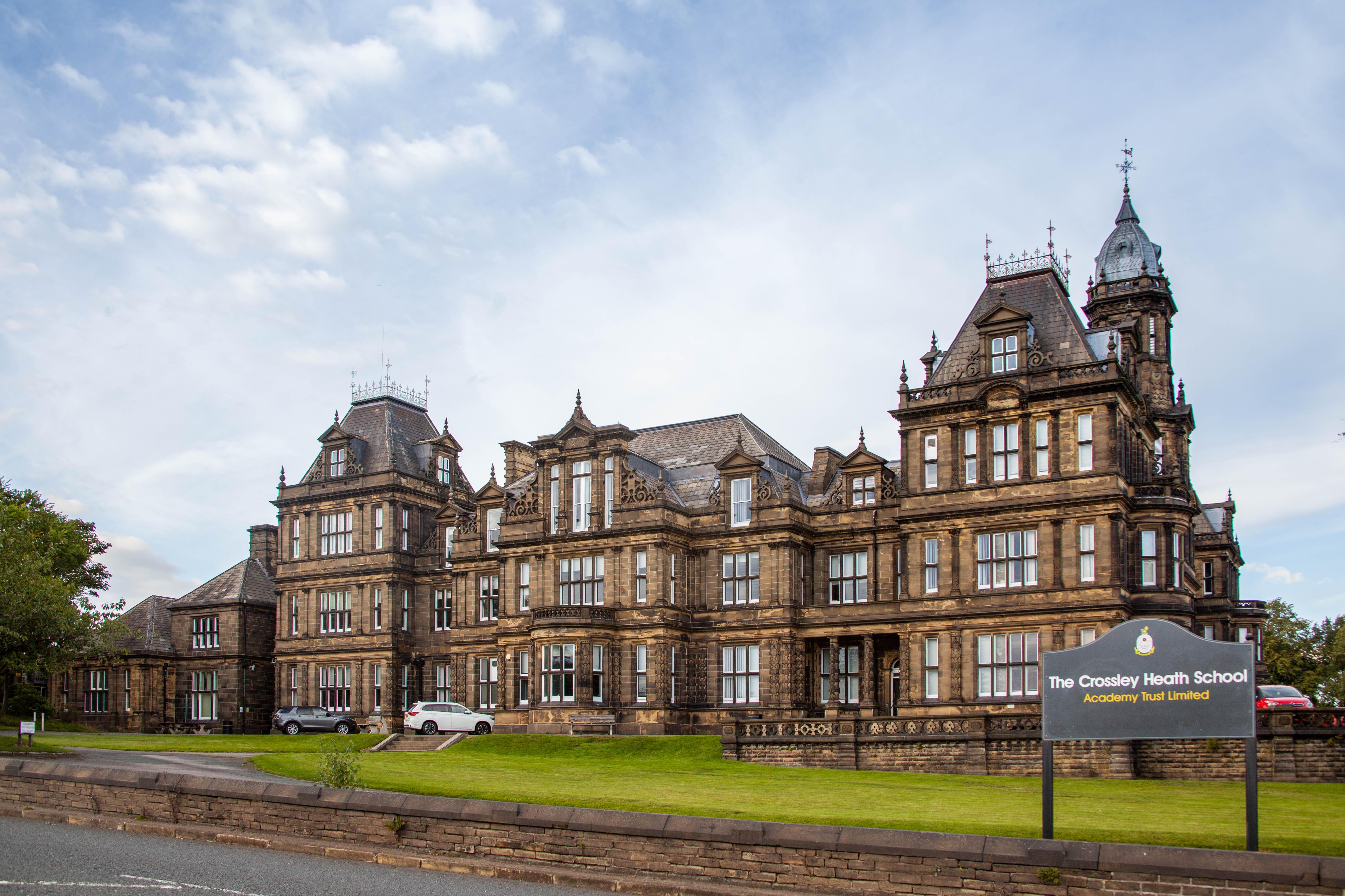 crossley_heath_school